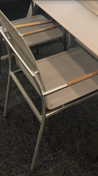 Столовый комплект Dover
