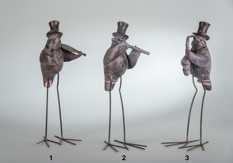Птицы с музыкальными инструментами