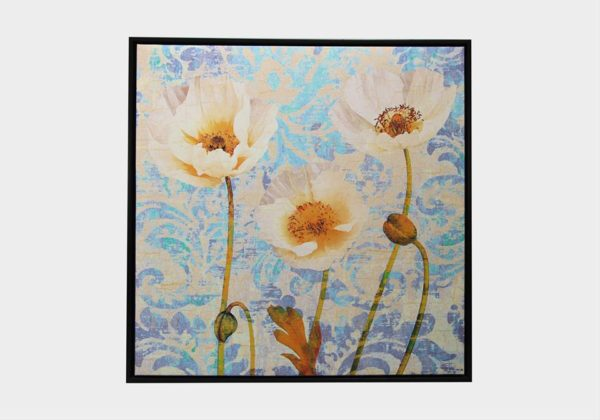 Картина в квадратной раме | Цветы белые