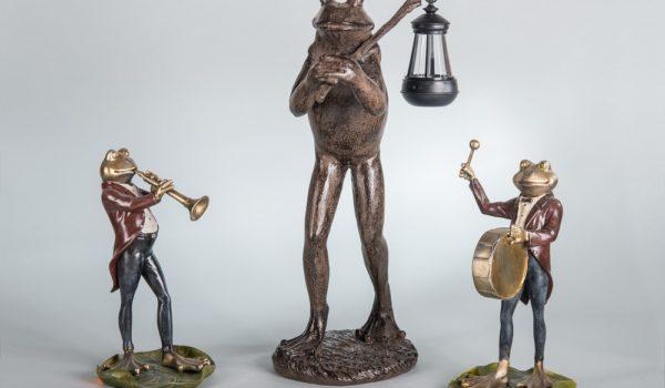 Лягушка с флейтой статуэтка