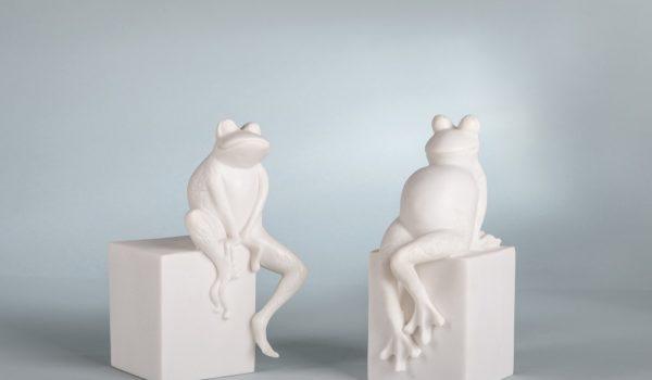 Лягушки статуэтки