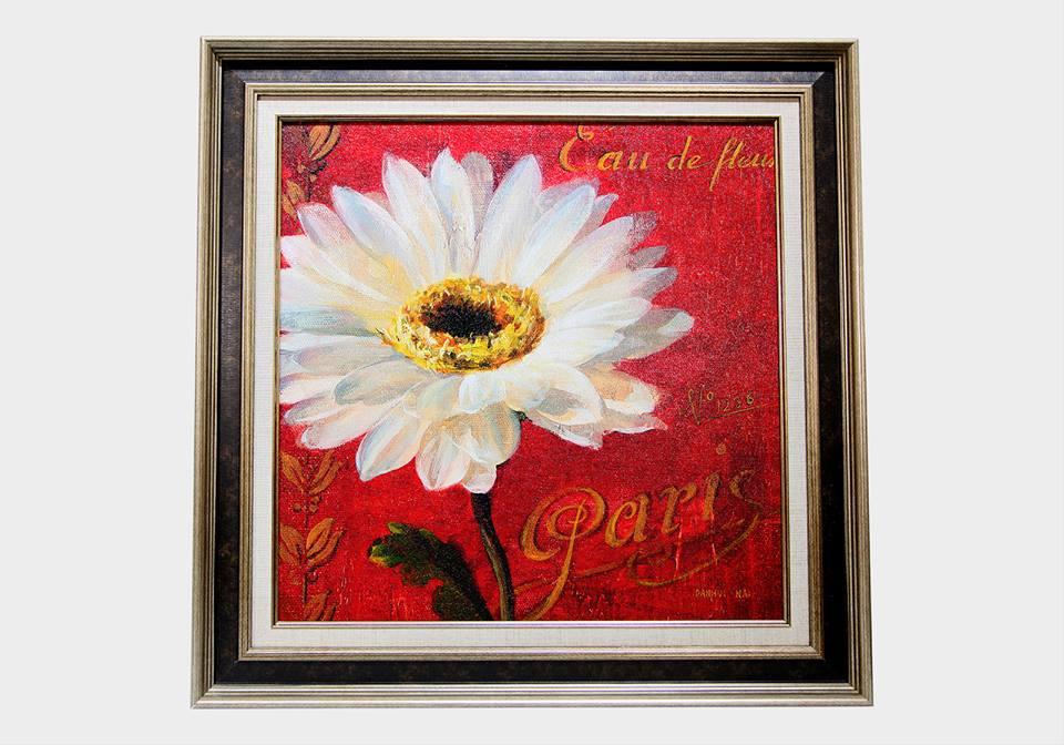 Картина в квадратной раме   Белый цветок на красном