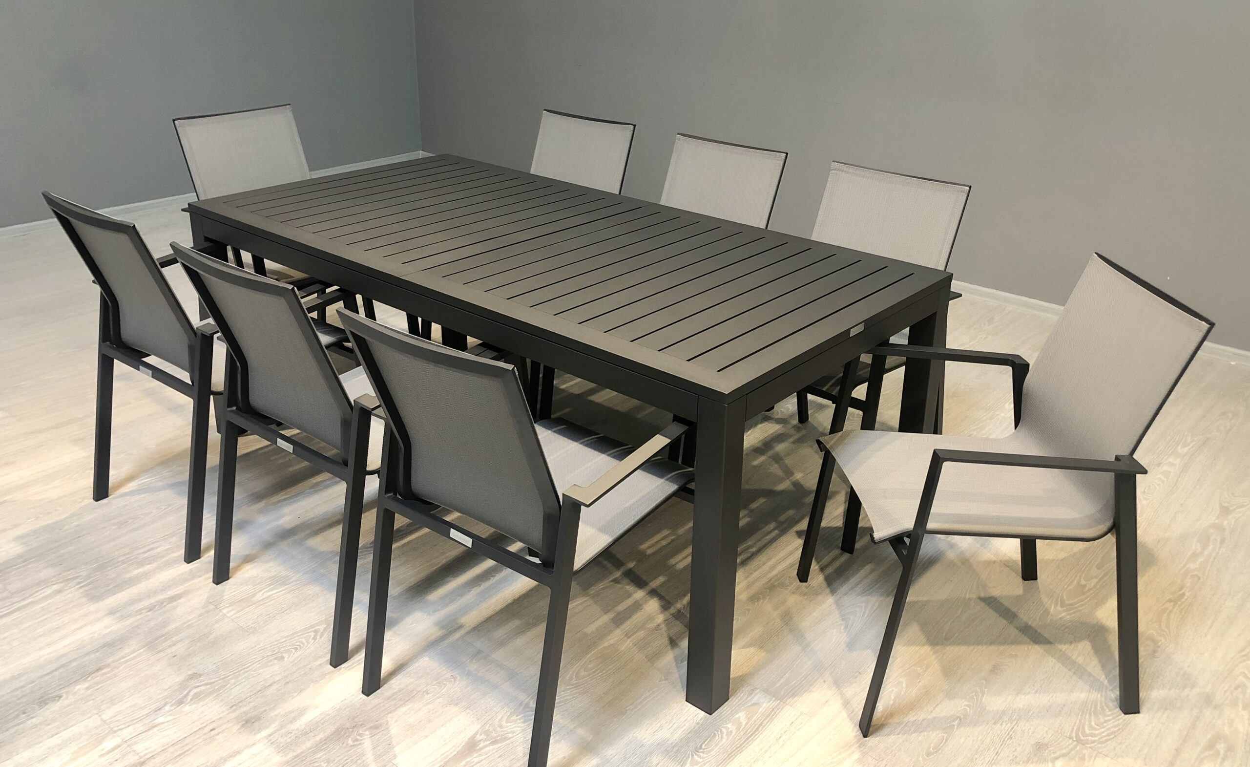 Раскладной Стол Linear 6-8-12 Персон