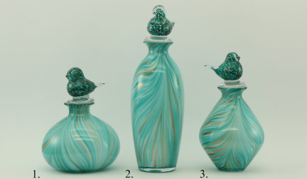 Набор бутылок с крышечками- птичками