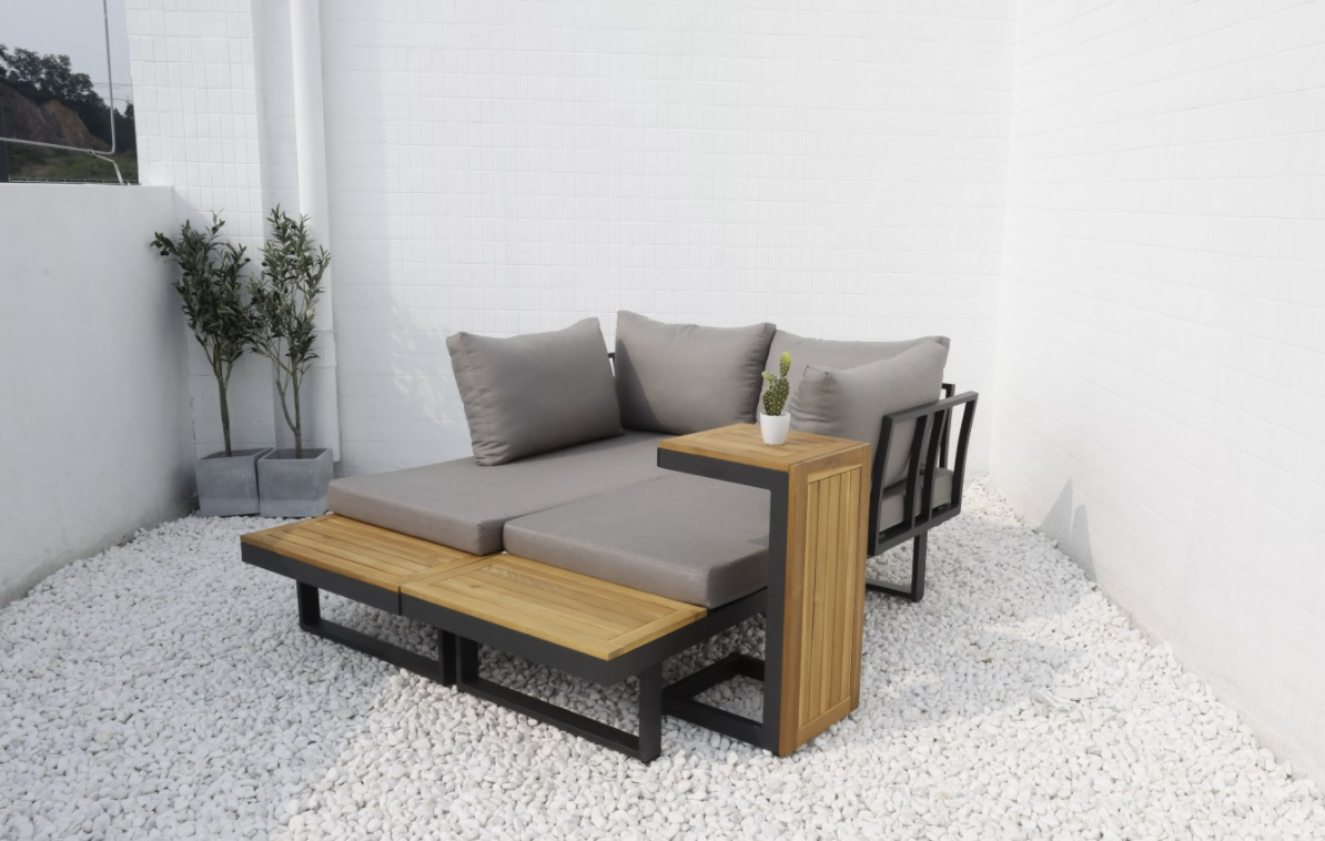 Sorento lounge